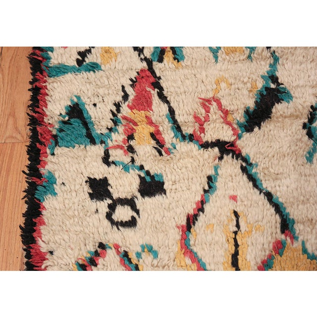 Small Vintage Moroccan Colorful Rug - 4′2″ × 7′ For Sale In New York - Image 6 of 10