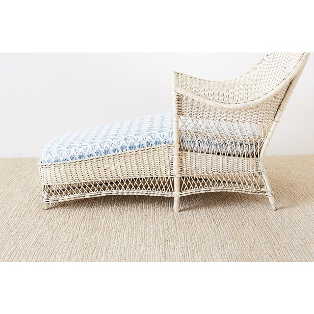 Boho Chic Early 20th Century Vintage Painted Bar Harbor Willow and Wicker Chaise Lounge For Sale - Image 3 of 13