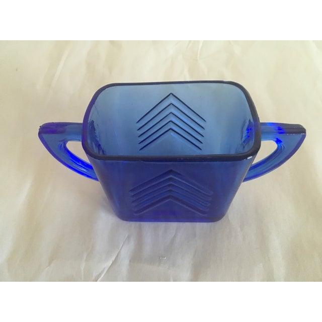 1950s Blue Glass Arrow Mug - Image 3 of 3