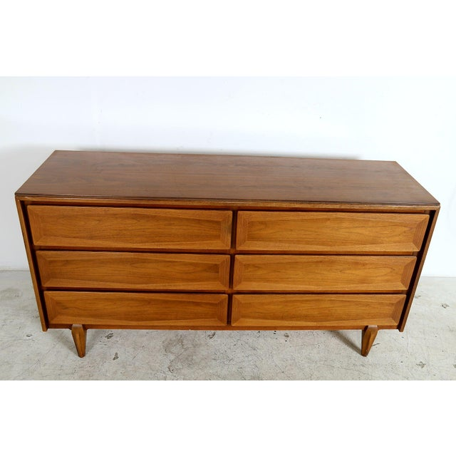 Vintage American of Martinsville Mid-Century Dresser - Image 8 of 8