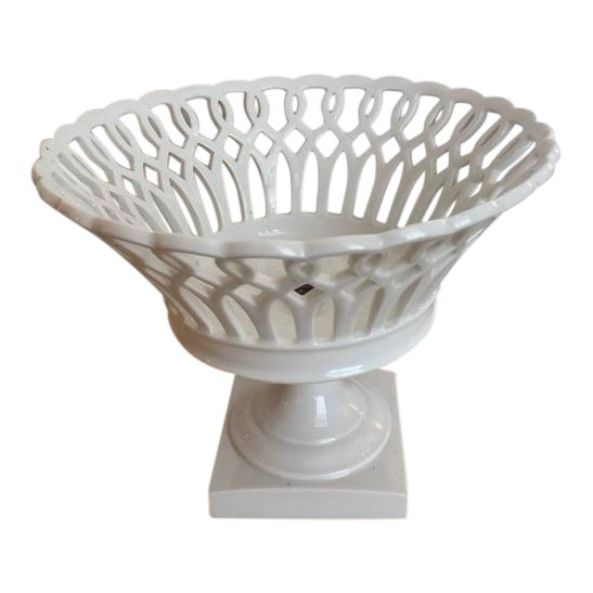 19th Century Woven Porcelain Bowl on Stand For Sale