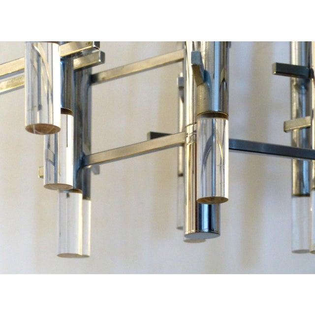 Mid-Century Modern 1970s Italian Modernist Chrome & Lucite Chandelier by Gaetano Sciolari For Sale - Image 3 of 9