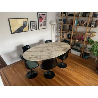 Knoll Saarinen Tulip Calacatta Marble Dining Table Preview