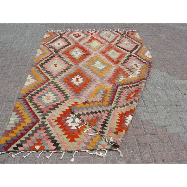 Vintage Turkish Kilim Rug - 5′9″ × 9′ For Sale - Image 11 of 11
