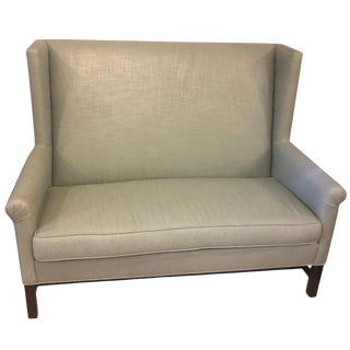 1980s Vintage Hickory Co Charles Stewart Linen Chippendale Style Settee For Sale