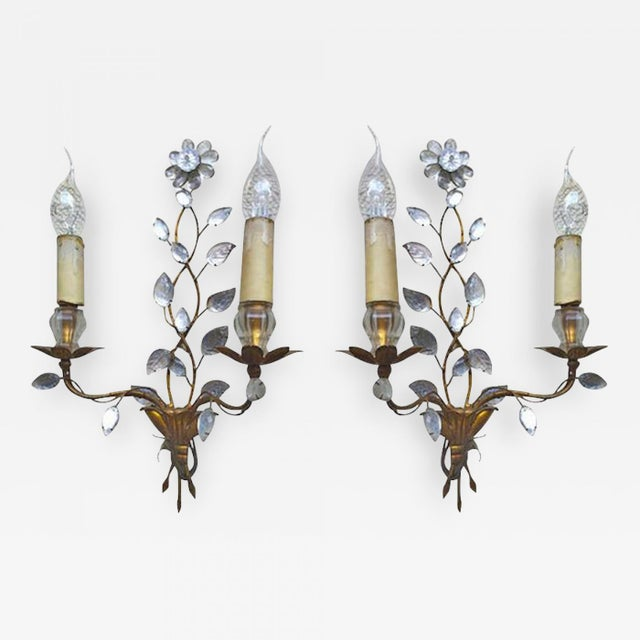 Art Deco Maison Baguès 1940s Genuine Extremely Refined Pair of Floral Gold Leaf Sconces For Sale - Image 3 of 3