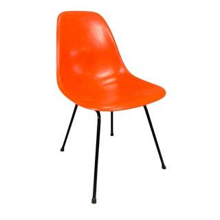 Vintage Mid Century Charles Eames for Herman Miller Model Dfsx Fiberglass Side Chair For Sale