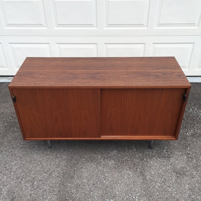 1960s Mid-Century Modern Florence Knoll Credenza For Sale - Image 11 of 11