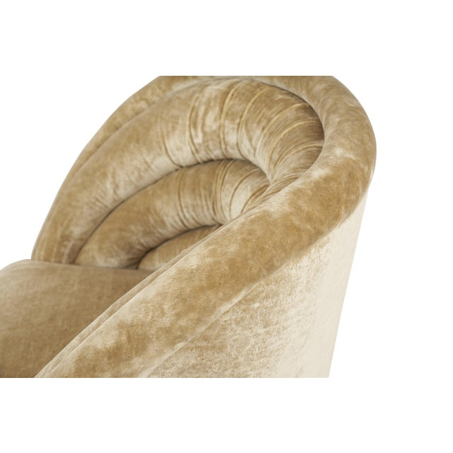 """Axo Vladimir Kagan """"Crescent"""" Swivel Lounge Chairs - a Pair For Sale - Image 4 of 6"""