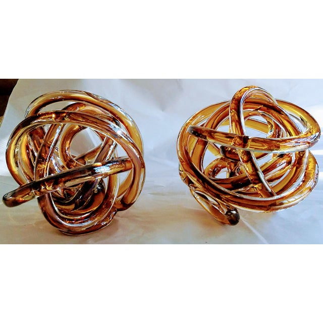 1970s Vintage Italian Butterscotch/Root Beer Cased Glass Sculptural Knot For Sale - Image 4 of 5