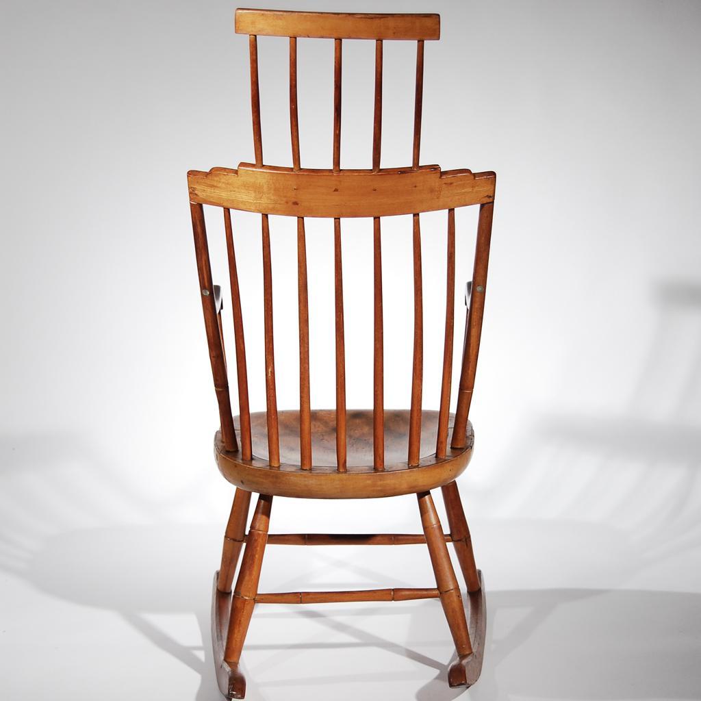 Antique Comb Back Windsor Rocking Chair   Image 5 Of 9