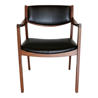 Mid-Century Modern Gunlocke Arm Chair For Sale