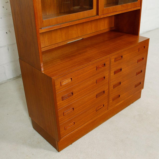 Danish Modern Teak Bookcase Display Cabinet - Image 5 of 8