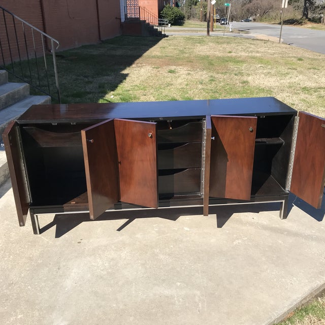 1970s American of Martinsville Mid Century Credenza For Sale - Image 5 of 13