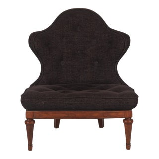 1960s Hollywood Regency Crest-Back Button-Tufted Chair For Sale