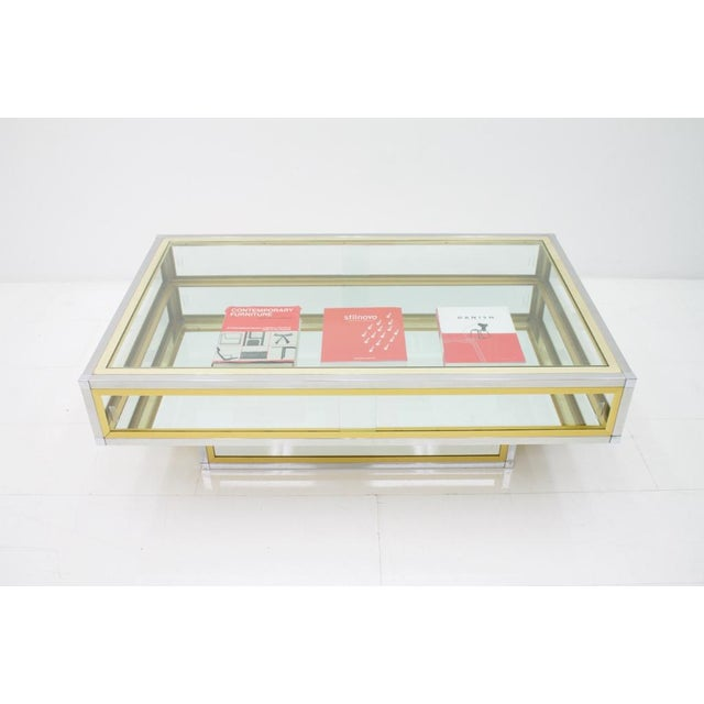 Vitrine Coffee Table in Chrome, Brass and Glass, France 1970s For Sale - Image 11 of 13