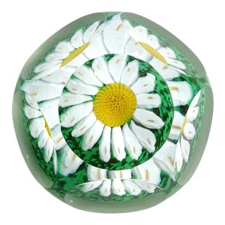 Fratelli Toso Murano Vintage Daisy Mosaic Flower Italian Art Glass Faceted Window Paperweight For Sale