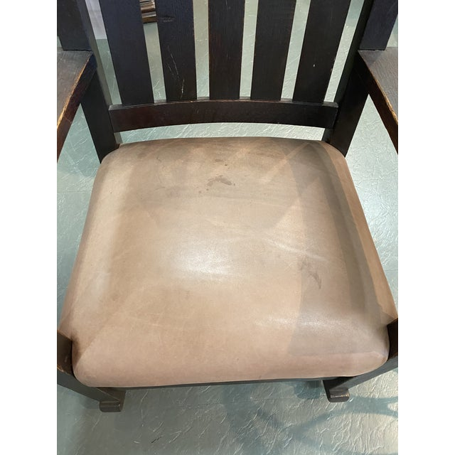 1900 - 1909 Original Gustav Stickley Rocking Chair With Leather Seat For Sale - Image 5 of 10