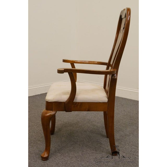 Late 20th Century Thomasville Furniture Winston Court Collection Queen Anne Dining Arm Chair For Sale - Image 5 of 9