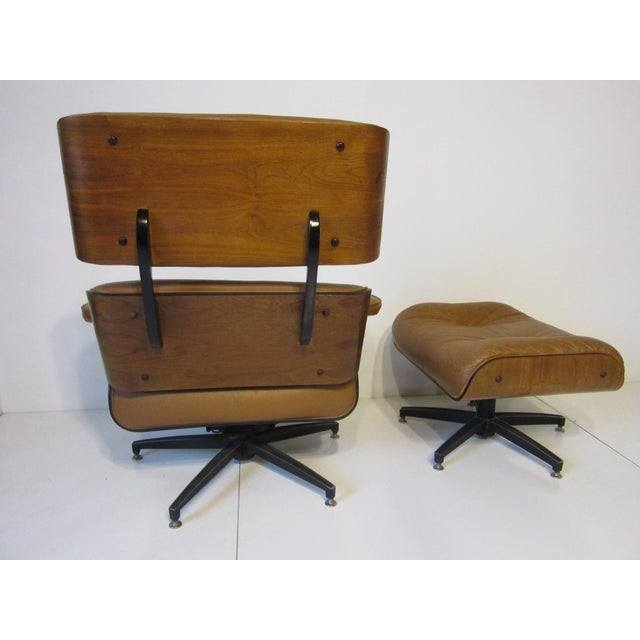 Mid 20th Century Selig Swiveling Leather Lounge Chair and Ottoman For Sale - Image 5 of 10