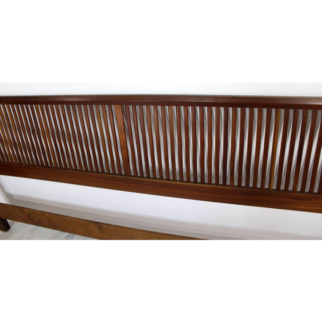 1950s Mid-Century Modern George Nakashima for Widdicomb Slatted King Headboard For Sale In Detroit - Image 6 of 7