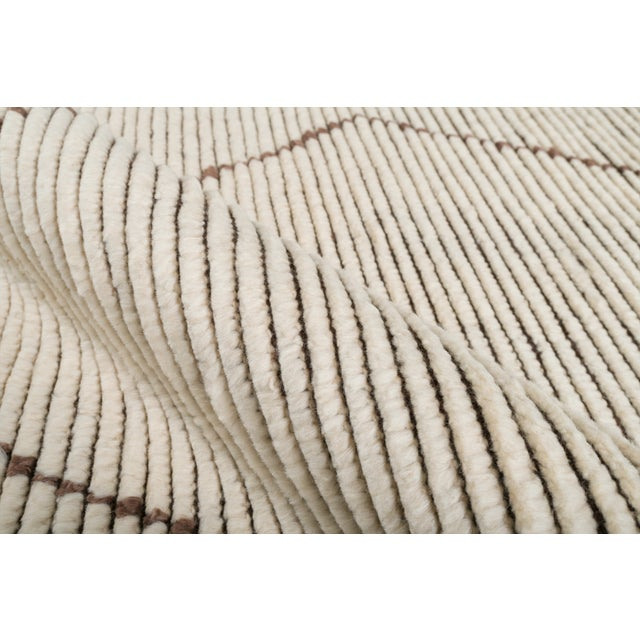 """Contemporary Stark Studio Rugs Baha Rug in White/Brown, 9'0"""" x 12'0"""" For Sale - Image 3 of 5"""