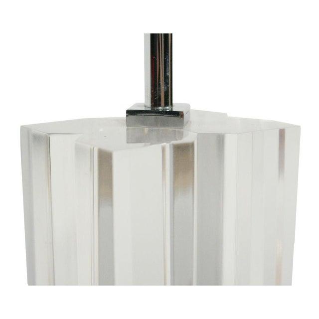 Hansen Lighting Co. Hansen Lucite & Chrome Quadra-Sectional Table Lamps - a Pair For Sale - Image 4 of 4