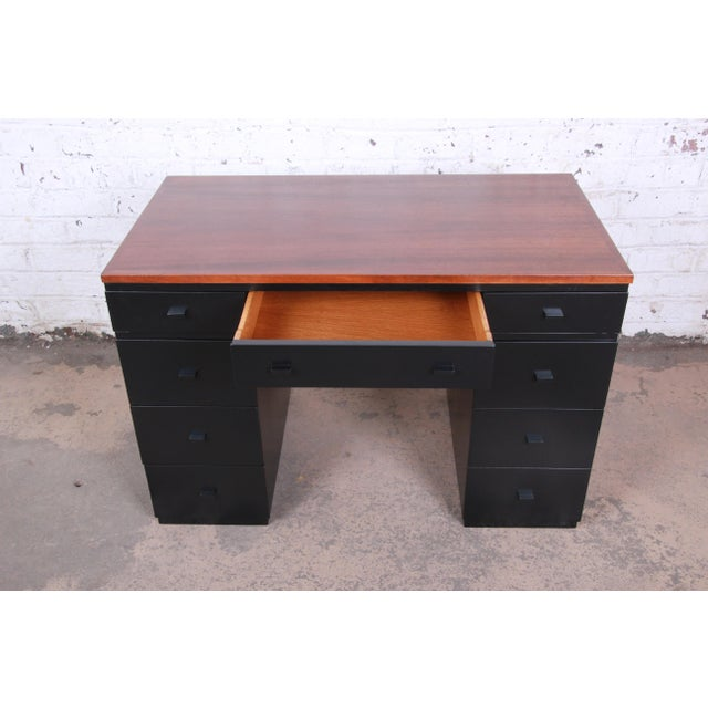 Wood Early Edward Wormley for Dunbar Walnut and Black Lacquered Kneehole Desk, 1940s For Sale - Image 7 of 13