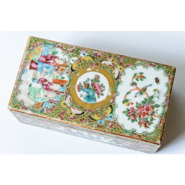 Ceramic Chinese Rose Medallion Floral Box For Sale - Image 7 of 8