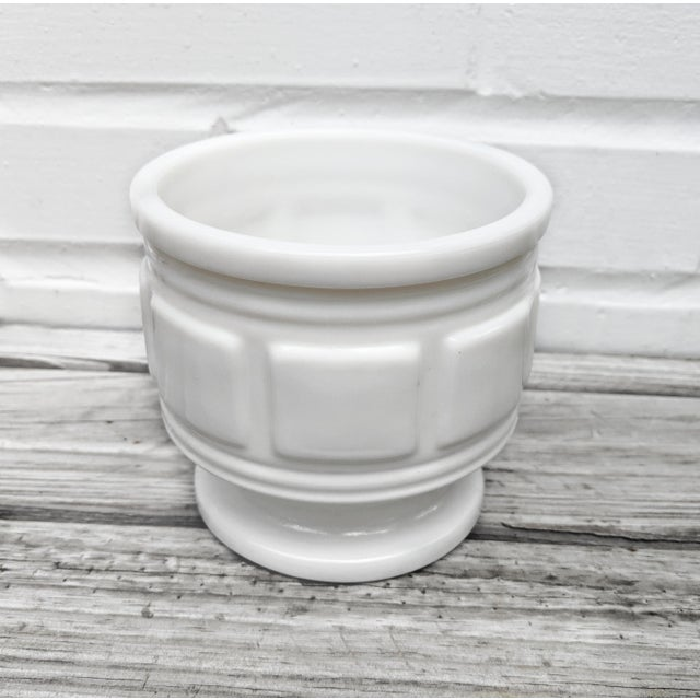Contemporary Vintage Mid Century Classical Style Milk Glass Pot For Sale - Image 3 of 4
