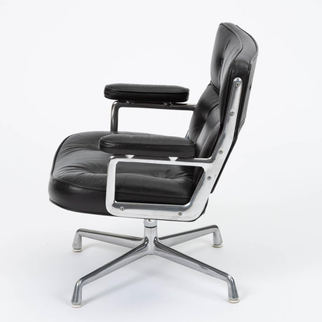 Charles and Ray Eames Eames Time Life Lobby Chair for Herman Miller For Sale - Image 4 of 13