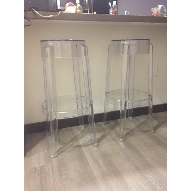 "Klipper ""Ghost"" Clear Acrylic Modern Bar Stools - A Pair - Image 3 of 6"