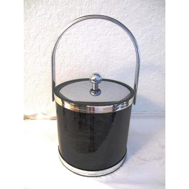 Metal 1970s Kraftware Silver & Black Faux Marble Ice Bucket For Sale - Image 7 of 7