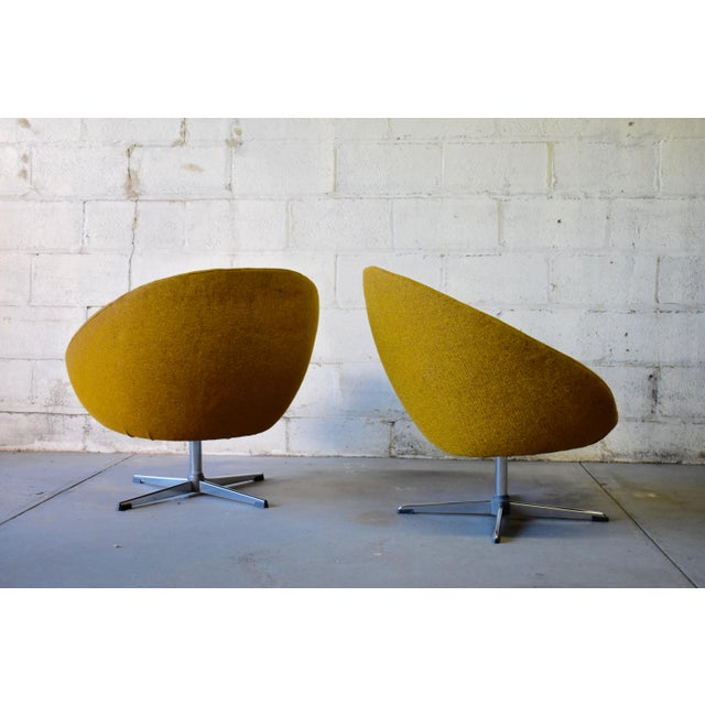 1960s Pair - Mid Century Modern Overman Chrome Lounge Chairs For Sale - Image 5 of 6