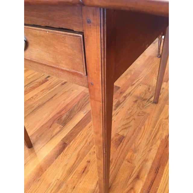 Early 19th Century North Carolina Breakfast Table For Sale - Image 5 of 9