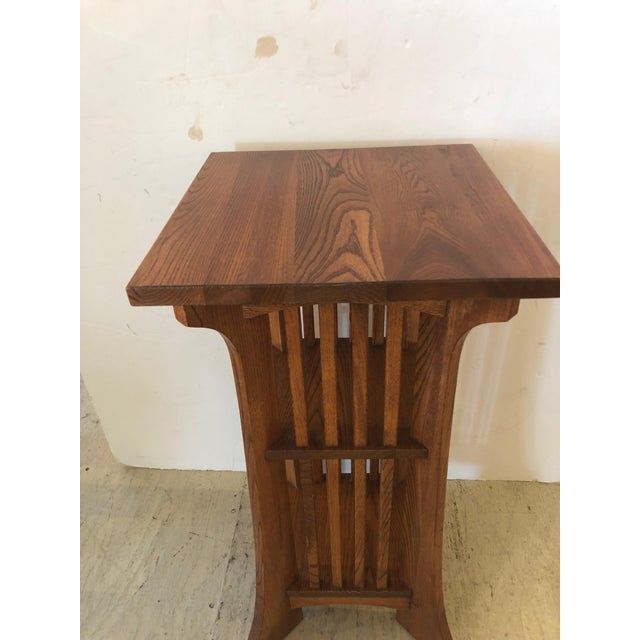 Arts & Crafts 1950s Arts & Crafts Mission Style Side Table For Sale - Image 3 of 9
