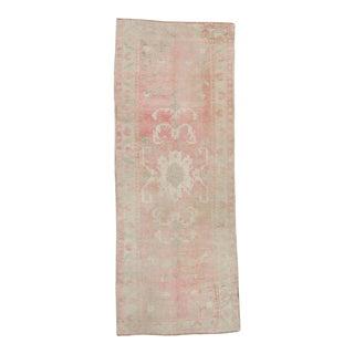 "1950s Vintage Oushak Medallion Pink Beige Wool Hand-Knotted Rug - 5'10"" X 12'6"" For Sale"