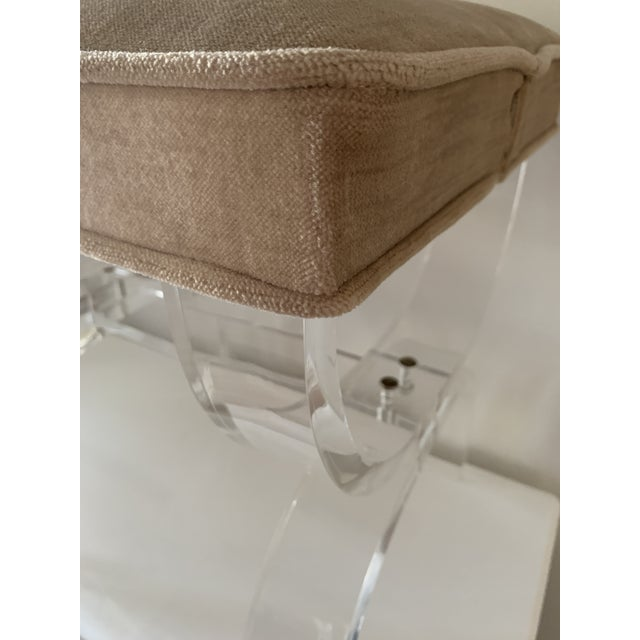 1970s Vintage Lucite X-Base Stool For Sale - Image 9 of 13