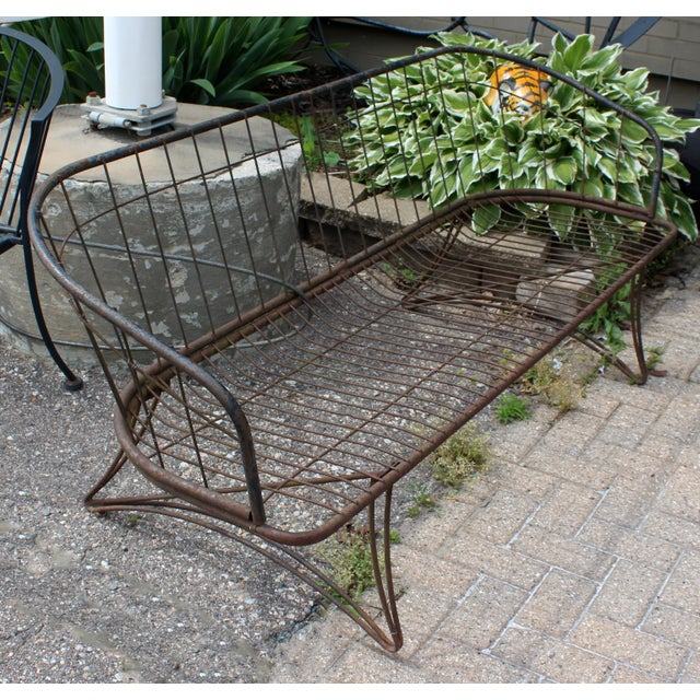 1960s Mid Century Modern Curved Iron Patio Bench Settee Woodard Era 1960s For Sale - Image 5 of 7