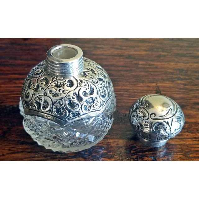 Cork 20c Sterling Silver and Crystal Perfume Bottle Birmingham 1907 For Sale - Image 7 of 9