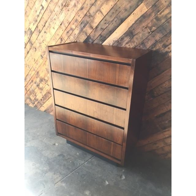 1970s Lane Walnut Highboy - Image 4 of 6