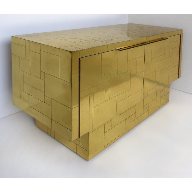 Mid-Century Modern Paul Evans Directional Brass Cityscape Credenza Cabinet With 2 Doors For Sale - Image 3 of 10