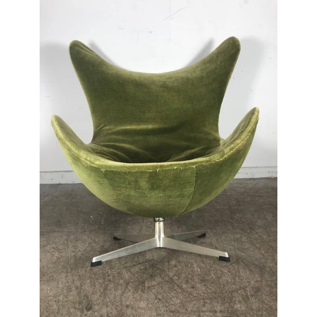 Early Original Egg Chair by Arne Jacobsen for Fritz Hansen For Sale In Buffalo - Image 6 of 10