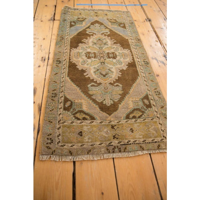 "1980s Vintage Distressed Oushak Rug Mat Runner - 1'8"" X 3'6"" For Sale - Image 5 of 6"