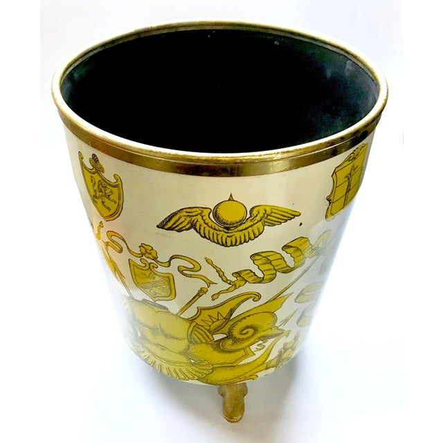 Art Deco 1950s Piero Fornasetti 'Golden Armory Crest' Metal Waste Paper Bin For Sale - Image 3 of 8