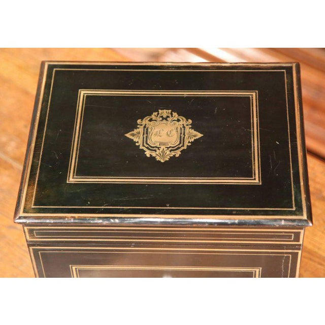 19th Century French Napoleon III Mahogany Cave à Liqueur With Bronze Inlay For Sale - Image 4 of 7