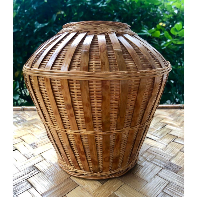 Mid 20th Century Vintage Mid-Century Natural Woven Wicker Rattan Basket Urn For Sale - Image 5 of 9