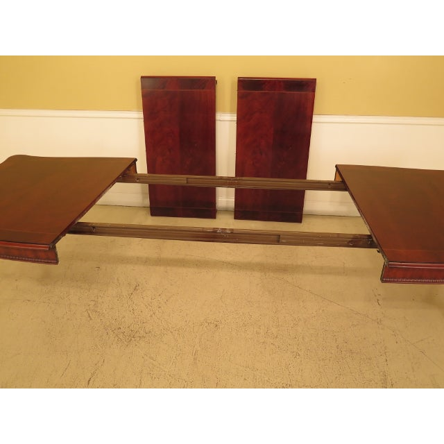 Henredon Georgian Mahogany Dining Room Table For Sale - Image 9 of 13