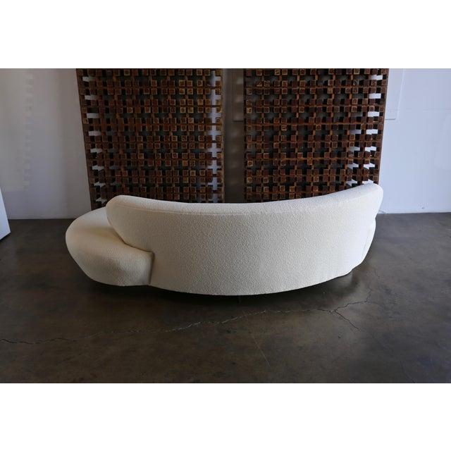 Vladimir Kagan Serpentine Sofa For Sale - Image 10 of 12