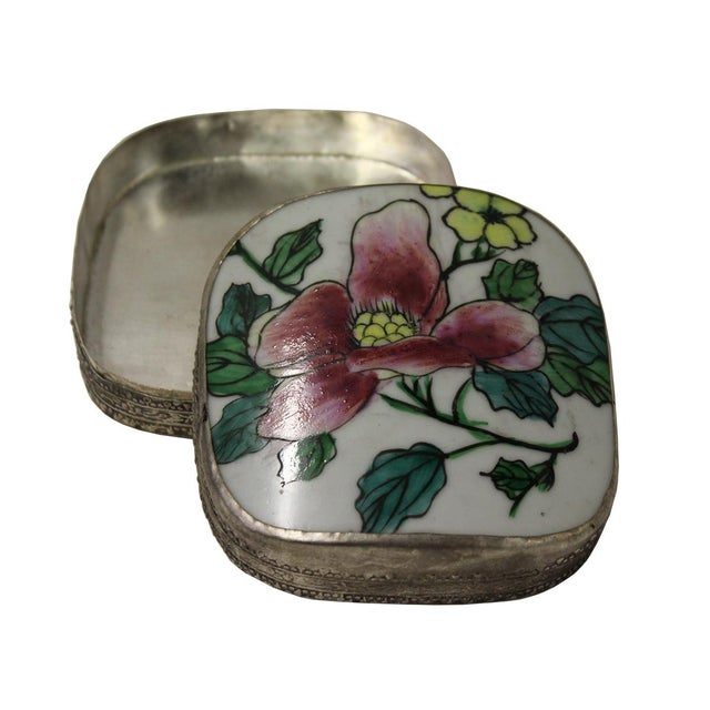 Chinese Floral Porcelain Nickel Trinket Box For Sale - Image 4 of 5